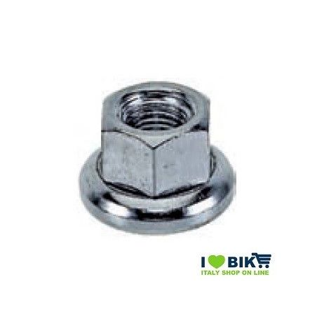 Fixed back axle nut