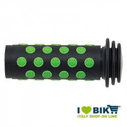 Couple BRN Knobs Bimbo Smile green bike shop