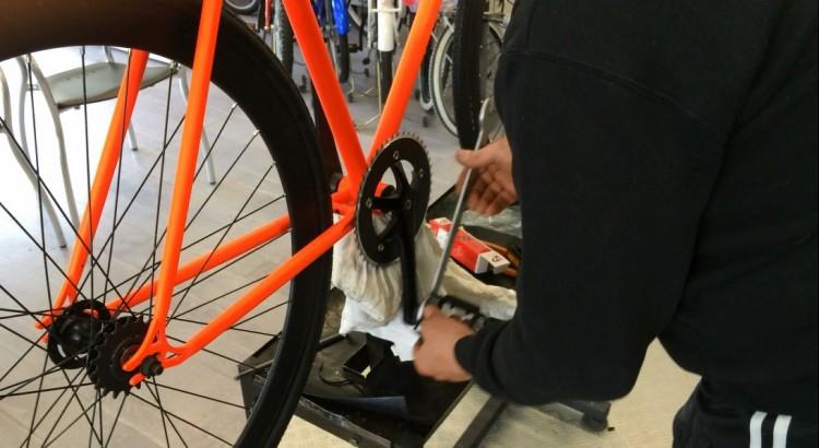 monatare i pedali bicicletta in modo fai da te