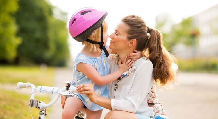 Trasportare bambini in bicicletta in sicurezza